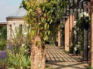 Pergola Klassischer Garten von Giles Jollands Architect Klassisch