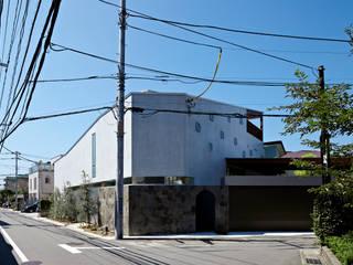 Spiral roof Modern houses by 工藤宏仁建築設計事務所 Modern