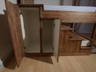 Massivholz Bett im Altbau:   von BL Möbelwerk