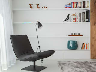 Minimalst style study/office by GIASIL Minimalist
