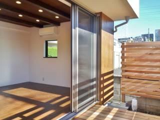 3530plus モダンデザインの テラス の 石井設計事務所/Ishii Design Office モダン
