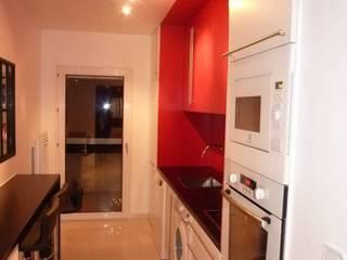 Rénovation d' une cuisine a Marseille 13011 par Cord' EAU Moderne