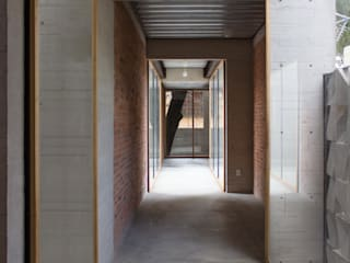 Modern Corridor, Hallway and Staircase by ludens Modern