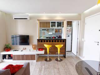 Apartamento Parque Butantã - 50m² Salas de jantar minimalistas por Raphael Civille Arquitetura Minimalista