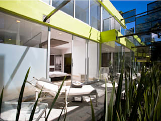 Balcones y terrazas modernos de Craft Arquitectos Moderno