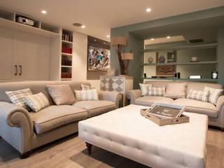 Classic style living room by Estatiba construcción, decoración y reformas en Ibiza y Valencia Classic