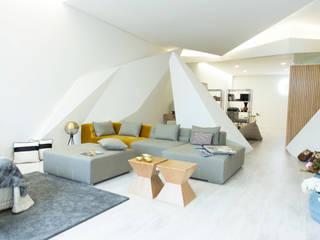 Dicotomia do Instável: Lojas e espaços comerciais  por Office of Feeling Architecture, Lda,Moderno