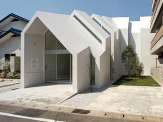 Asahicho Clinic hkl studio Eclectic style clinics