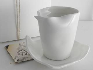 Per la tavola di Ceramica Artistica di Chiara Cantamessa Moderno
