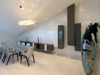 Décoration d'un appartement à Marseille 8e Salle à manger moderne par MARTINE CODACCIONI DECORATION D'INTERIEUR Moderne