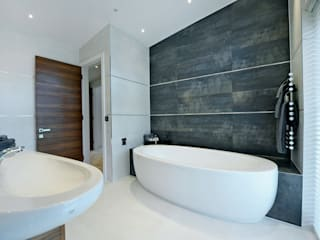 Redwoods, Wimborne, Dorset Modern bathroom by Jigsaw Interior Architecture Modern