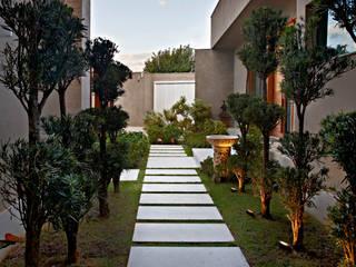 Escritório Jardim: Jardins  por CP Paisagismo,Moderno
