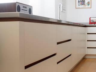 Barnsbury Park ReDesign London Ltd Modern kitchen