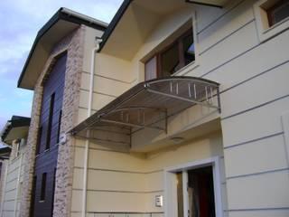 Maisons modernes par DEKODİZAYN pirinç mob. dek. ltd. şti. Moderne
