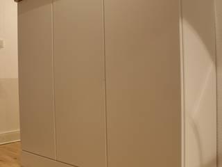 Schuhschrank: modern  von Tofino Design Holzmanufaktur Philipp Narloch,Modern