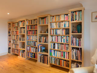 Home Library โดย Samuel F Walsh Furniture โมเดิร์น