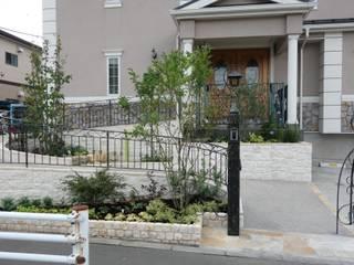 バリアフリーの外構: 有限会社ガオーが手掛けた庭です。,