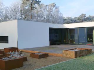 Modern Houses by ruge + göllner gmbh Modern