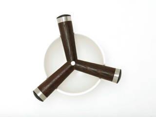 Tripod: moderne Küche von Burkhard Dämmer Design