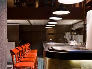 Bar da Urca: Bares e clubes  por Fernanda Sperb Arquitetura e interiores,Moderno