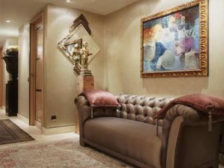 Interiorismo  y decoracion de apartamento de lujo en la zona alta de Barcelona.:  de estilo  de Ojinaga
