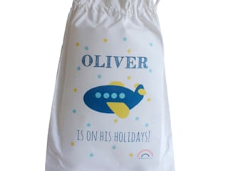 PERSONALISED BAGS di Hope & Rainbows Moderno