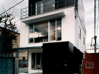 Modern houses by 井戸健治建築研究所 / Ido, Kenji Architectural Studio Modern