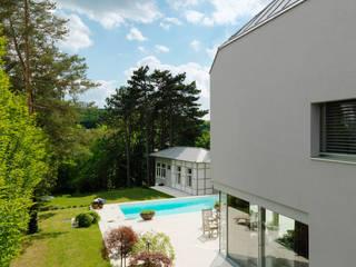 Taman Minimalis Oleh Moser Architects Minimalis
