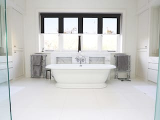 Drummonds Case Study: Tudor House, Roehampton Baños de estilo moderno de Drummonds Bathrooms Moderno