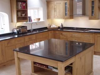Oak kitchen 클래식스타일 주방 by Churchwood Design 클래식