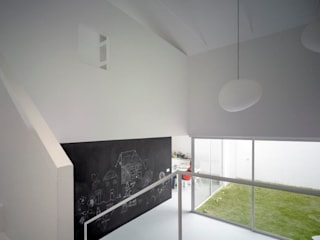 Minimalistyczne domy od Kawneer España Minimalistyczny