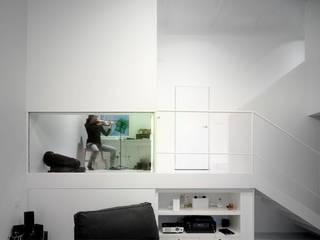 Minimalist house by Kawneer España Minimalist