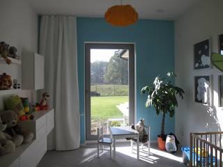 pokój dziecka : styl , w kategorii Pokój dziecięcy zaprojektowany przez ARTEFEKT