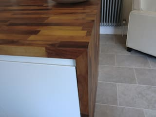 Units framed with solid wooden worktops:   by Harvey's Select
