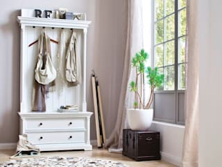 Scandinavian style dressing room by Seart Scandinavian