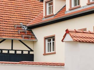 Außenfassade, Dach, Fenster:  Häuser von Baugeschäft Heckelsmüller