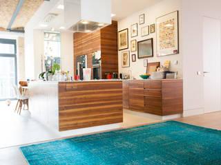 KIM LAYANI Teppiche:   von KIM LAYANI Teppiche/ Carpets