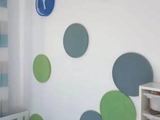 DOTS inspiruje: styl , w kategorii Pokój dziecięcy zaprojektowany przez FLUFFO fabryka miękkich ścian