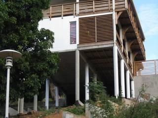 LAUTE House - Mayotte Island Maisons tropicales par STUDY CASE sas d'Architecture Tropical