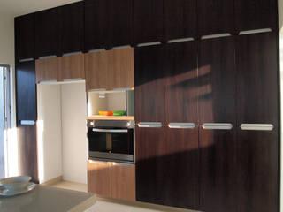 ห้องครัว by Amarillo Interiorismo
