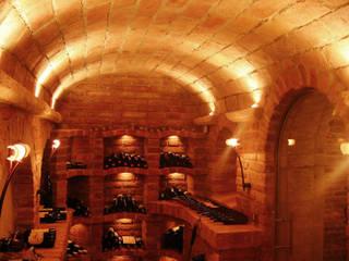 Weinkeller: klassischer Weinkeller von Atelier Markus Petz