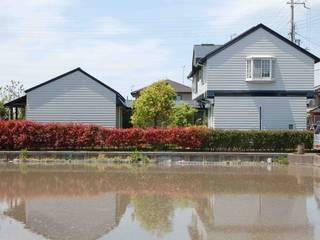 東側外観: 株式会社 央建築設計事務所が手掛けた家です。