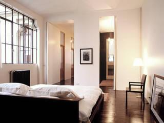 Industrial style bedroom by Antonio Virga Architecte Industrial