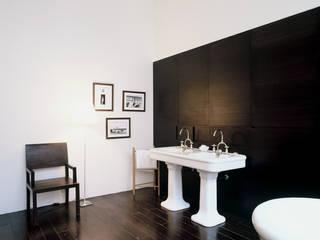 Industrial style bathroom by Antonio Virga Architecte Industrial