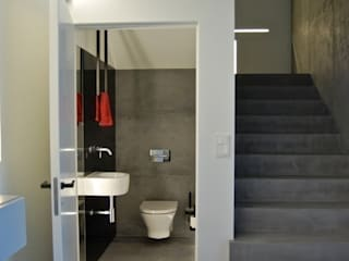 Bathroom by kabeDesign kasia białobłocka, Modern
