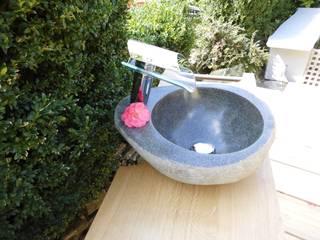 Waschbecken aus Stein: modern  von Ihre Holzmanufaktur,Modern