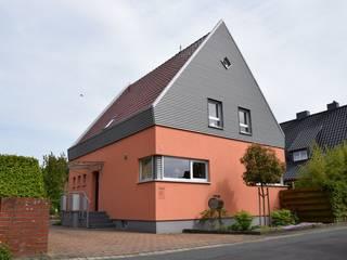 modern  oleh Architekturbüro Heike Krampitz, Modern