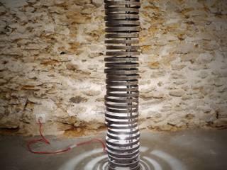 Lampe tube:  de style  par Atelier Fer Autrement