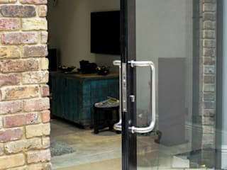 Pivot Door Detail Maxlight Puertas y ventanas modernas