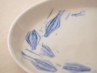 Assiette Porcelaine:  de style  par Envol création contemporaine